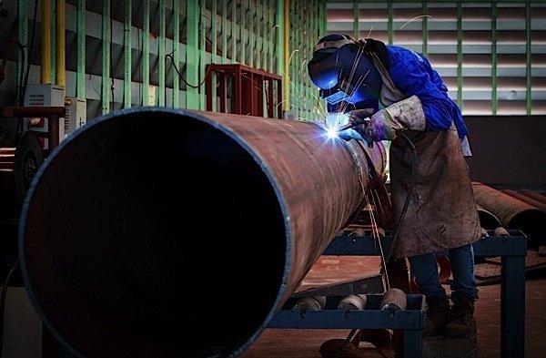 oil-pipeline-manufacturing-Statistics-Canada-Shell-Cenovus-EDIWeekly