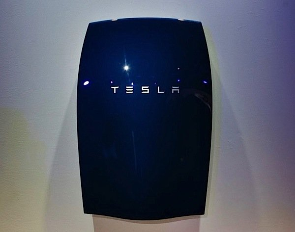 Tesla-Powerwall-microgrid-utility-power-distribution-solar-wind-renewable-energy-storage-EDIWeekly