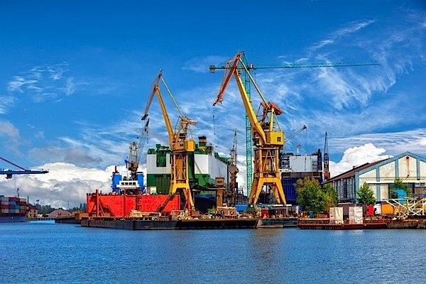 Shipbuilding-Irving-Seaspan-Canada-NSPS-OOSV-ice-breaker-Royal-Canadian-Navy-Coast-Guard-defence-civilian-Davie-EDIWeekly