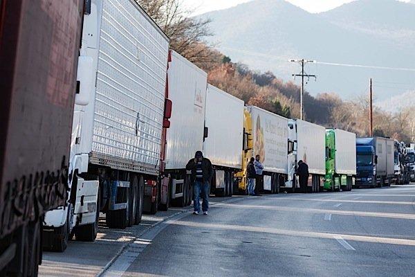 trucking-Canada-US-preclearance-greenhouse-gas-emissions-CTA-EDIWeekly