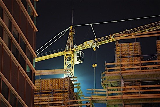 construction-crane-occupations-qualifications-diploma-degree-trades-building-condo-ca