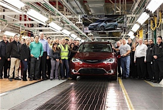 chrysler-fiat-pacifica-hybrid-windor-assembly-plant-ediweekly